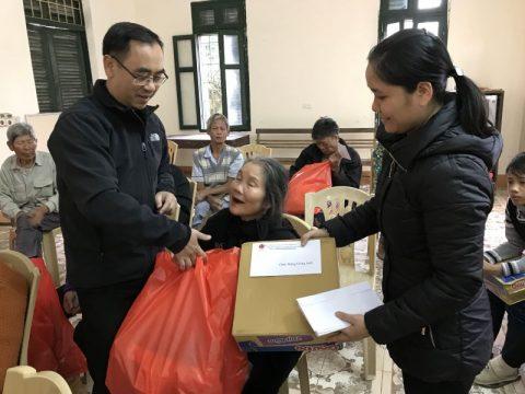 Caritas giáo phận Thanh Hóa: Thăm và tặng quà cho người nghèo