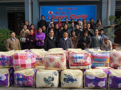 Caritas Thanh Hóa: Tặng Chăn Ấm Cho Người Nghèo