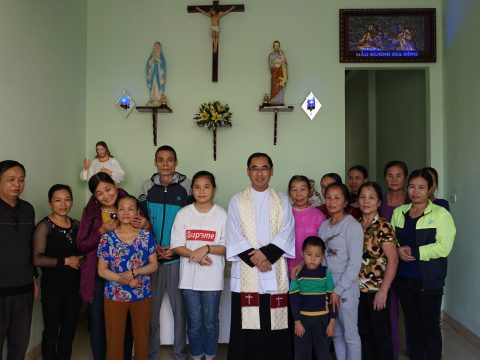 Caritas Thanh Hóa: Nghi Thức Làm Phép Và Bàn Giao Nhà Tình Thương