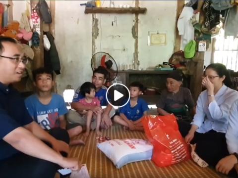 Trở lại thăm gia đình bà Lê Thị Thanh